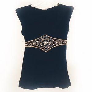 Tops - 🐠 3 for $15 🐠 Black tapered waist gem V-neck M